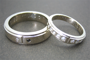ダイヤペアマリッジリング